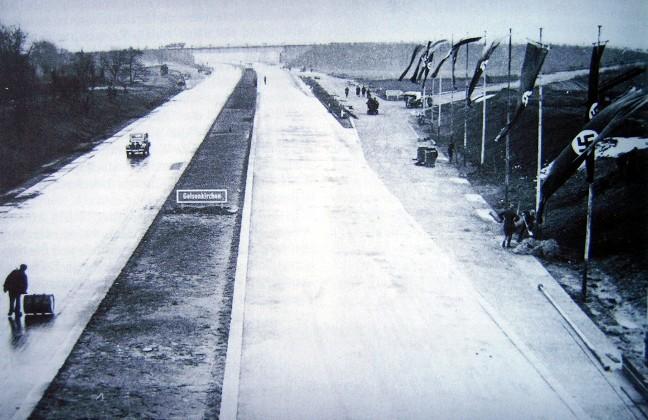 erste autobahn der welt